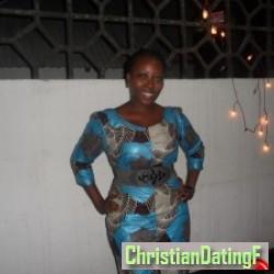angie, Tanzania