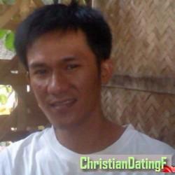 arnelg, Digos, Philippines